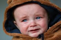 תינוק עם עצירות
